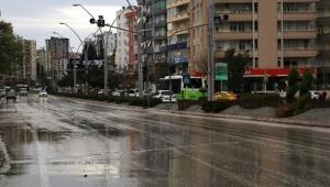 Adana'da sokaklar boşaldı