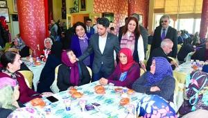 Başkan Ay: Şehit ve gazi ailelerinin yanındayız
