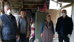 Dağ köylerindeki yaşlılara orman müdürlüğü ulaşıyor
