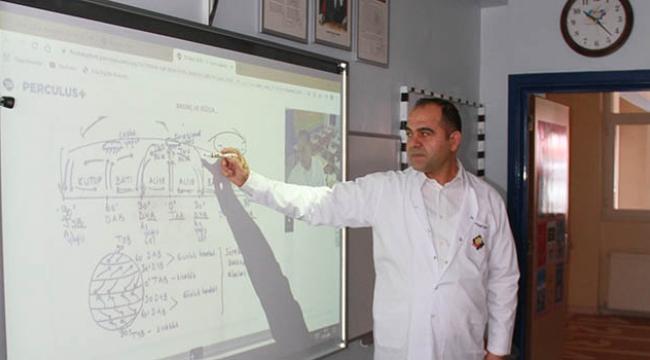 Final, online eğitimde Türkiye'ye örnek oldu