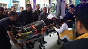 İşçi minibüsü şarampole yuvarlandı: 3 ölü 14 yaralı