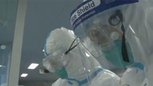 O ülkede korona virüsünden ilk ölüm