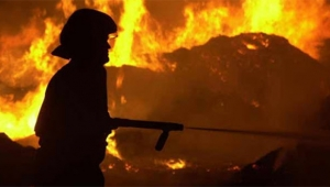 Yangından kaçarken hayatını kaybetti