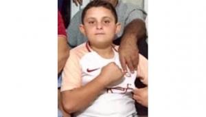 12 yaşındaki çocuk direksiyonun başında kaza yaptı