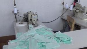 Adana'da kaçak üretilen 86 bin 50 maske ele geçirildi