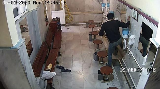 Camide hırsızlık anları