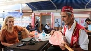 Türkü söyleyen aşığa rekor ceza