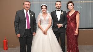 Başkan Çetin, kızı Melike'nin nikahını kıydı