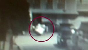 Engelli gencin arabasını parçalara ayırıp çaldılar