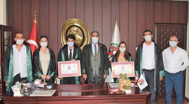 Genç avukatlar törenle mesleğe adım attı