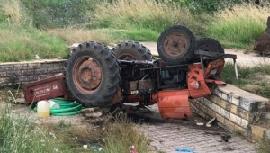 Traktörde canından oluyordu
