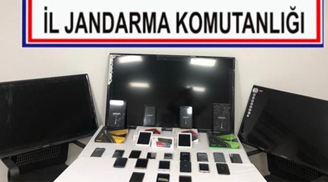 Kaçak getirilen televizyon ve telefonlara el konuldu