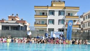 Karaisalı Belediyesi yüzme kursu açtı