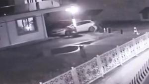 Kavga ettiği komşusunu silahla vurdu