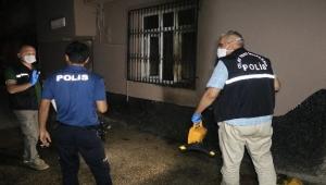 Müstakil ev benzin dökülerek ateş verildi