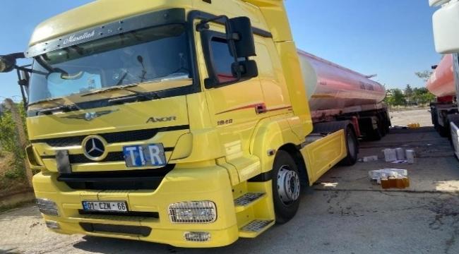 Tırdan 60 bin 900 litre kaçak akaryakıt çıktı
