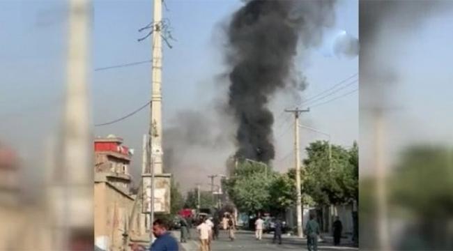 Cumhurbaşkanı yardımcısının konvoyuna bombalı saldırı