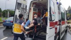 Hasta taşıyan ambulans mahsur kaldı