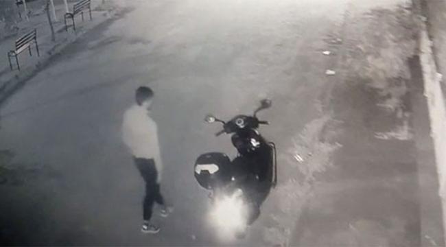 Sahibinin gözü önünde, motoru çaldı