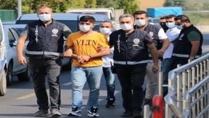 'Trafik kazası' kavgası: 2 yaralı, 3 tutuklamayla bitti
