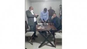 Konteynerde kumar oynadılar