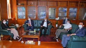 Rektörlerden, Rektör Prof. Dr. Tuncel'e 'Hayırlı Olsun' ziyareti