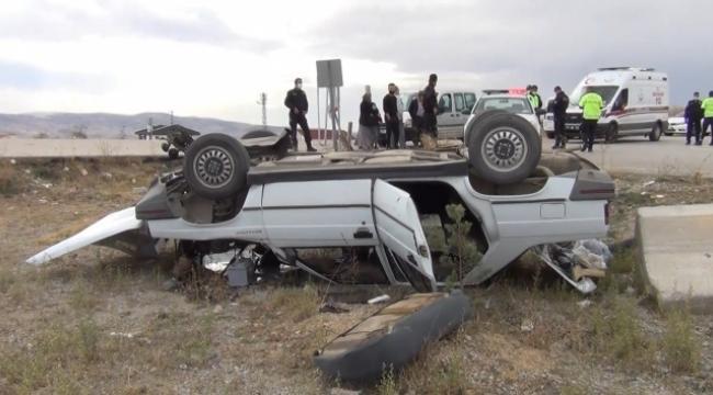 Virajı alamayan otomobil şarampole yuvarlandı