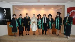 700 öğretmen adayı mezun oldu