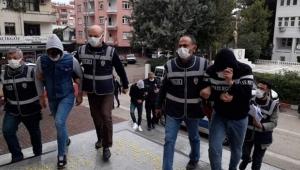 Adana'da dolandırıcılara operasyon