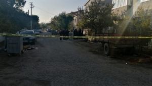 Bir kadın yaşadığı evde bıçaklanarak öldürüldü