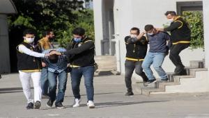 Bin 100 lira gasp eden 3 zanlı tutuklandı