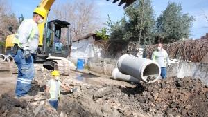 Kıyıboyu Caddesi su isale hattı sorunu çözülüyor