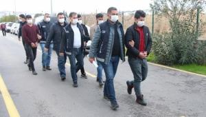 Göçmen tacirlerine operasyon