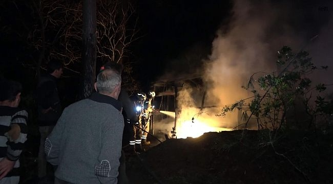 Orman işçilerinin kaldığı barınakta yangın
