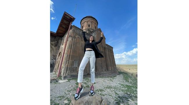 Gezgin Sanatçı Kültür Cenneti Kars'ın güzelliklerini yansıtacak