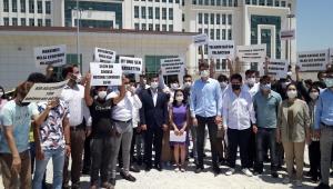 AK Partili gençler, Kılıçdaroğlu'na 1 liralık tazminat davası açtı