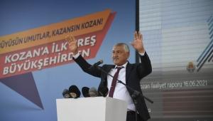 """CHP Adana İl Başkanı Mehmet Çelebi, """"'Siyasi tükenmişlik ve çaresizlik bazen zorlama eleştiriler yaptırır'' dedi"""