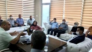 AK Parti Yüreğir İlçe Başkanı Cengil, Sarıçam Oto Center'ı ziyaret etti