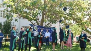 ÇÜ Pozantı MYO'da mezuniyet sevinci