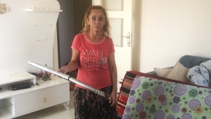 'Elektrikli süpürgenin sapıyla beni dövdü'