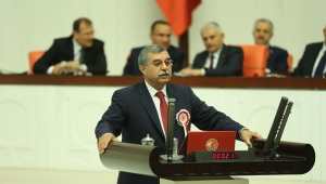İYİ Parti Milletvekili Çulhaoğlu, sağlıkçıların sorunlarını meclise taşıdı