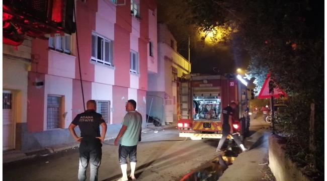 Evin çatı katında yangın