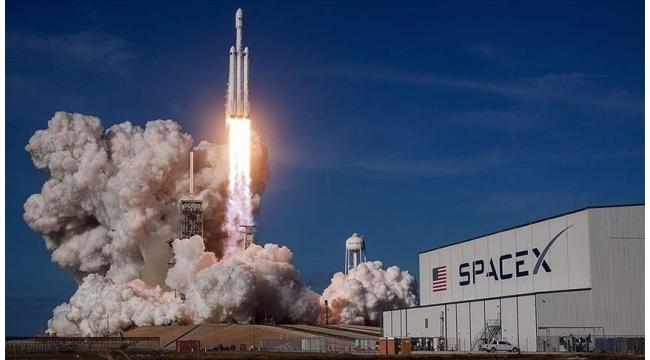 SpaceX roketi dünyanın çevresinde 3 gün gezecek