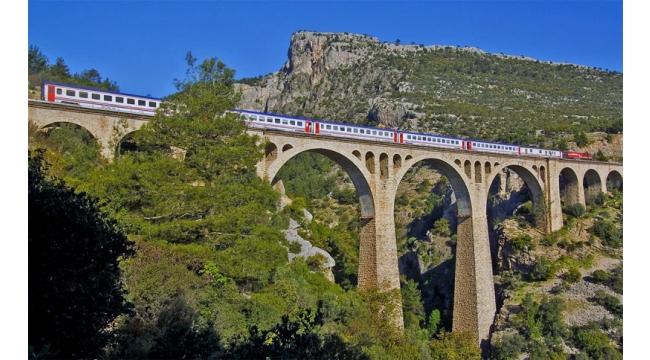 Tarihi köprüde Cumhuriyet Koşusu düzenlenecek
