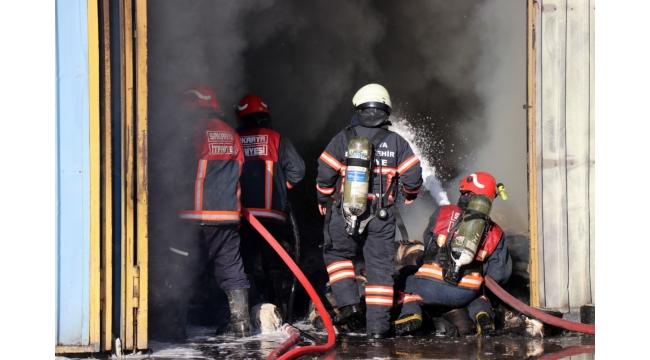 Tekstil atölyesinde yangın