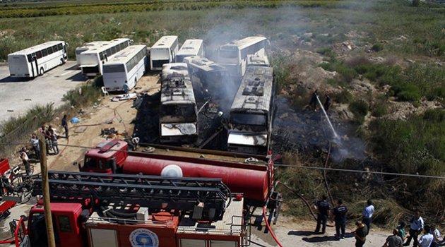 4 otobüs alev alev yandı