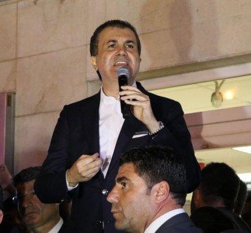 """AB Bakanı Çelik: """"Bazılarının Yalan Üzerine Kurduğu Kampanyalar 'evet' İle Çöktü"""""""
