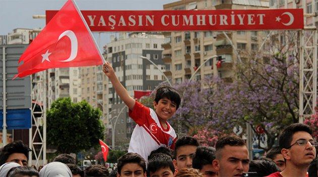 Adana'da 19 Mayıs Coşkusu