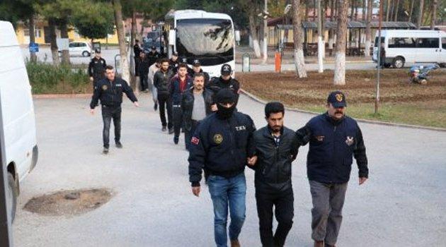 Adana'da Deaş Operasyonu: 13 Kişi Adliyeye Sevk Edildi
