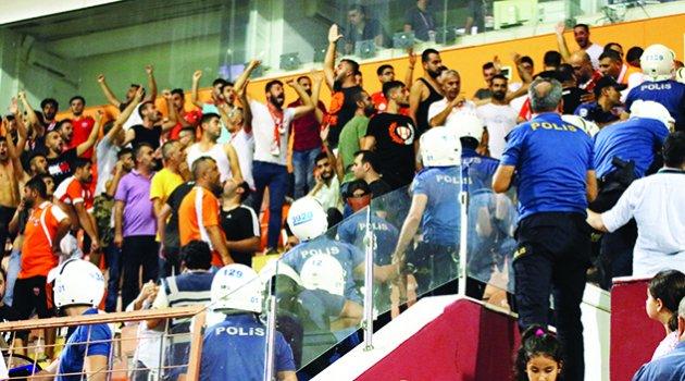 'Adanaspor'u seviyorsan bırak git'